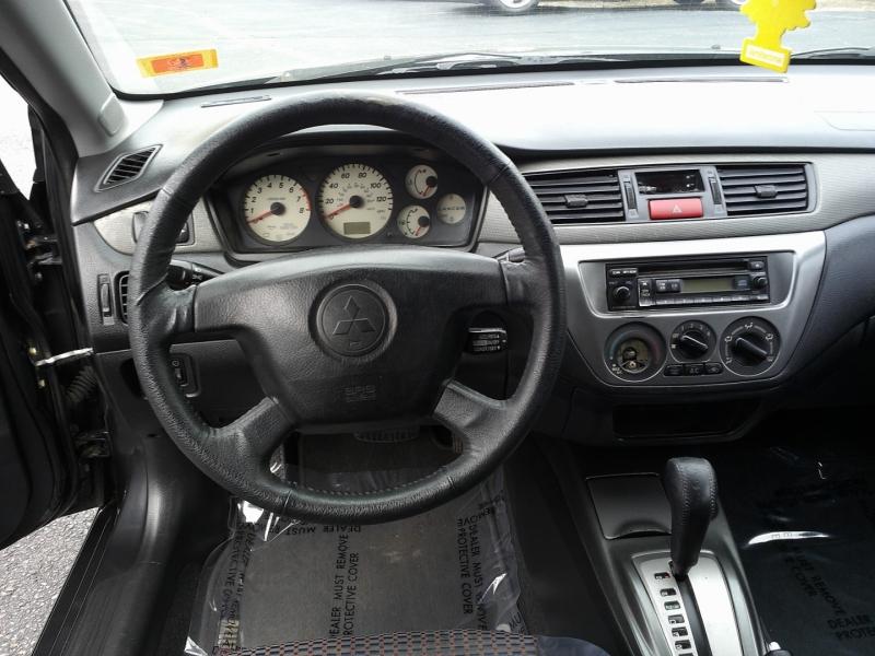 Mitsubishi Lancer 2004 price $2,650