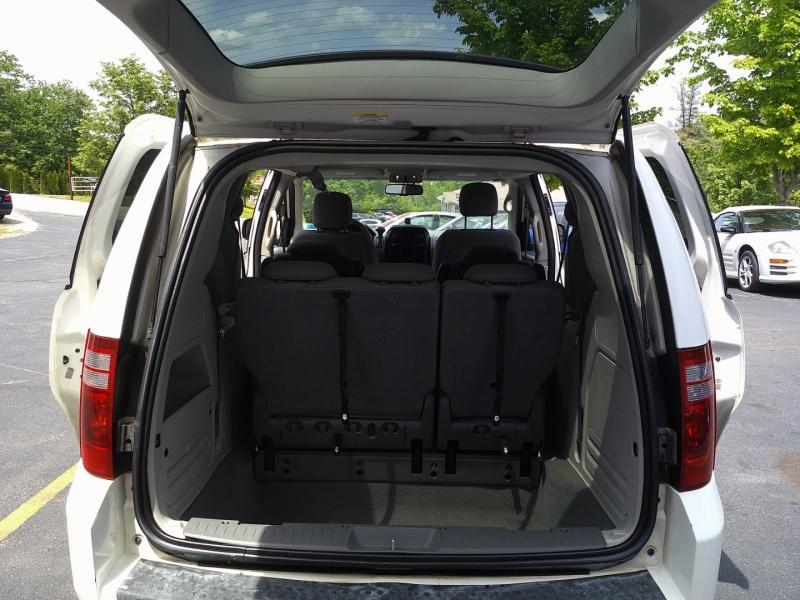 Dodge Grand Caravan 2008 price $3,950