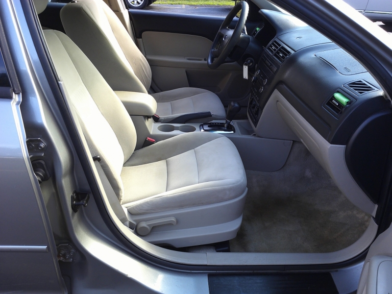 Ford Fusion 2008 price $1,850