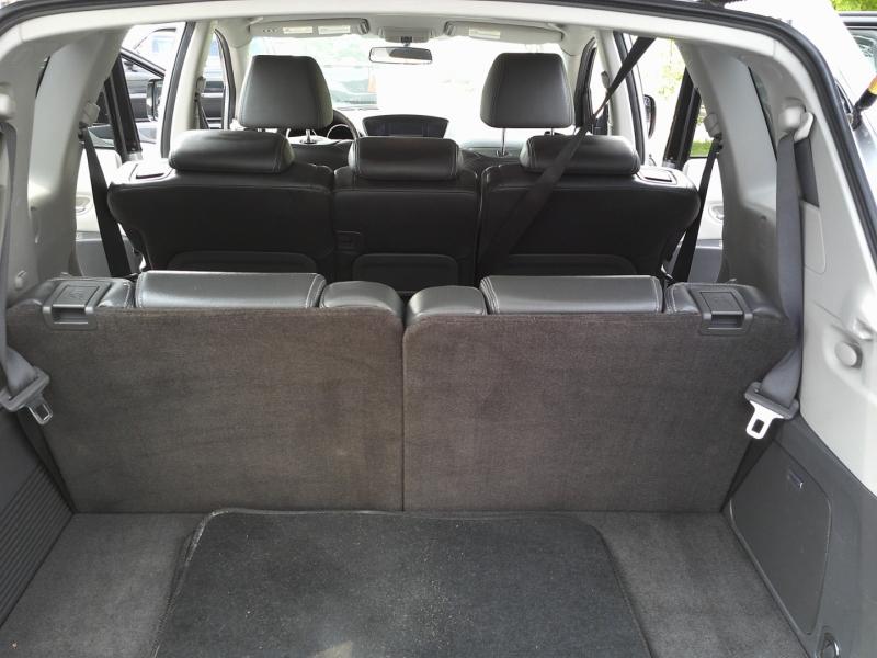Subaru Tribeca 2011 price $8,550