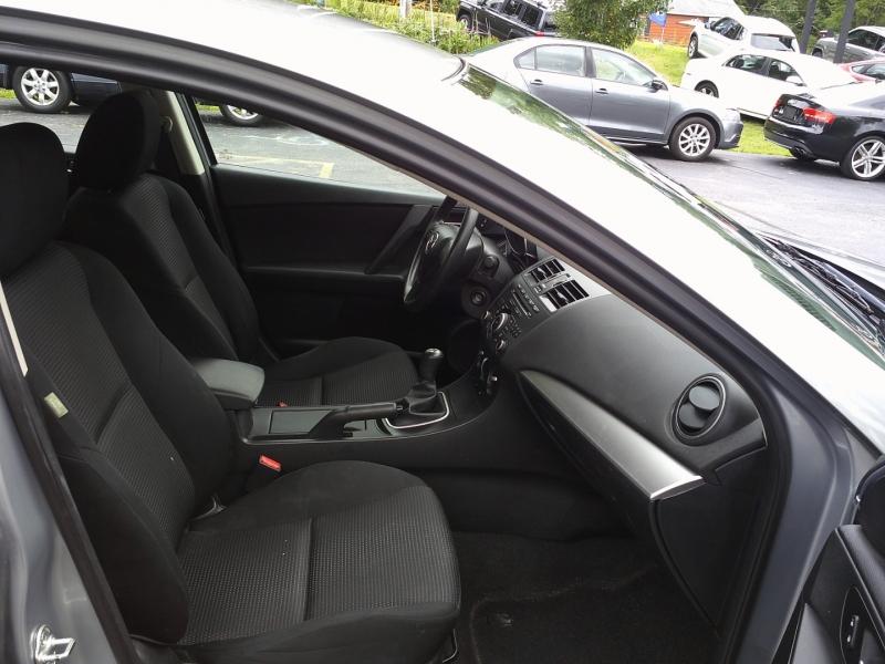 Mazda Mazda3 2012 price $6,450