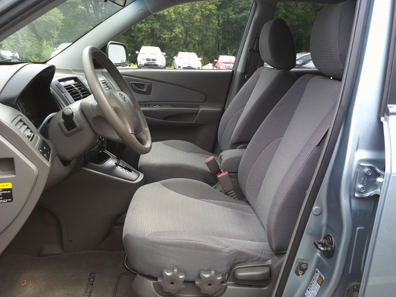 Hyundai Tucson 2007 price $4,750