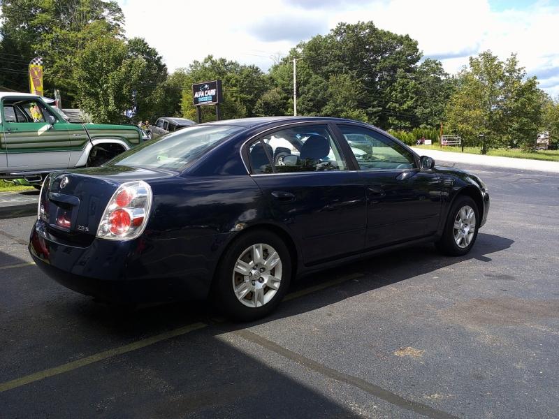 Nissan Altima 2005 price $3,650