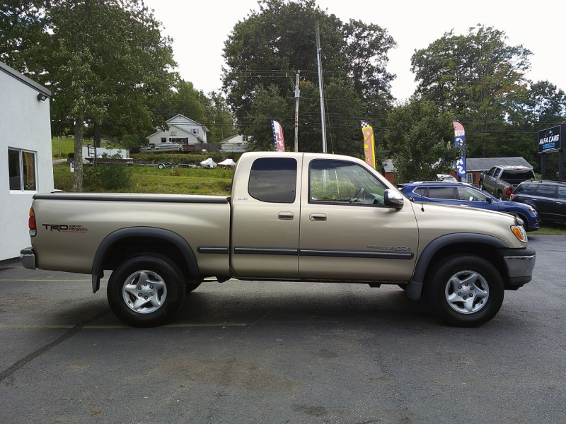 Toyota Tundra 2002 price $6,650