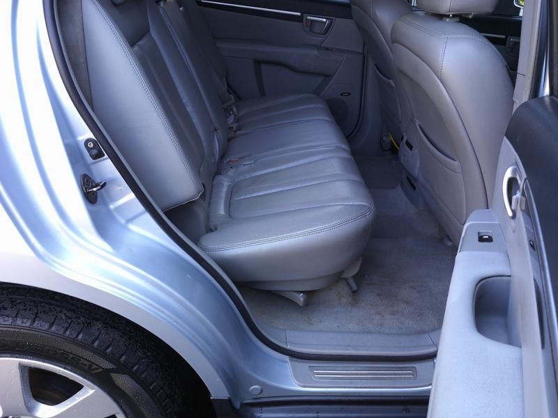 Hyundai Santa Fe 2007 price $6,850