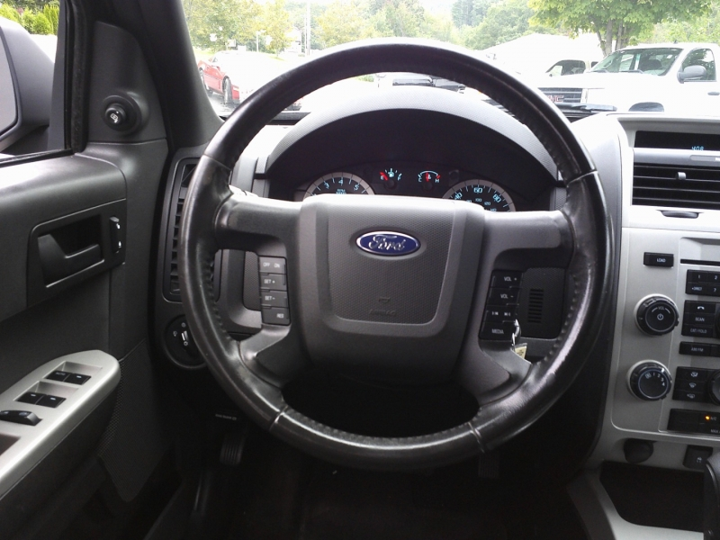 Ford Escape 2010 price $4,950