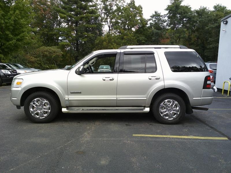 Ford Explorer 2006 price $3,850