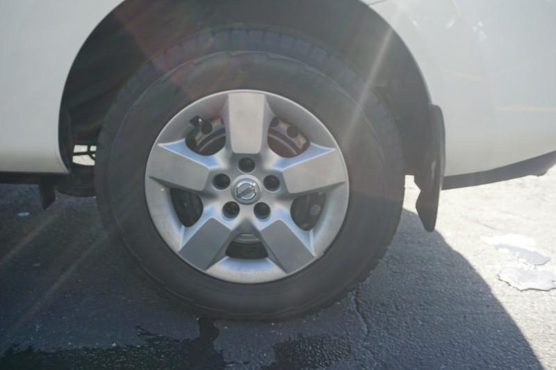Nissan Rogue 2013 price $8,999