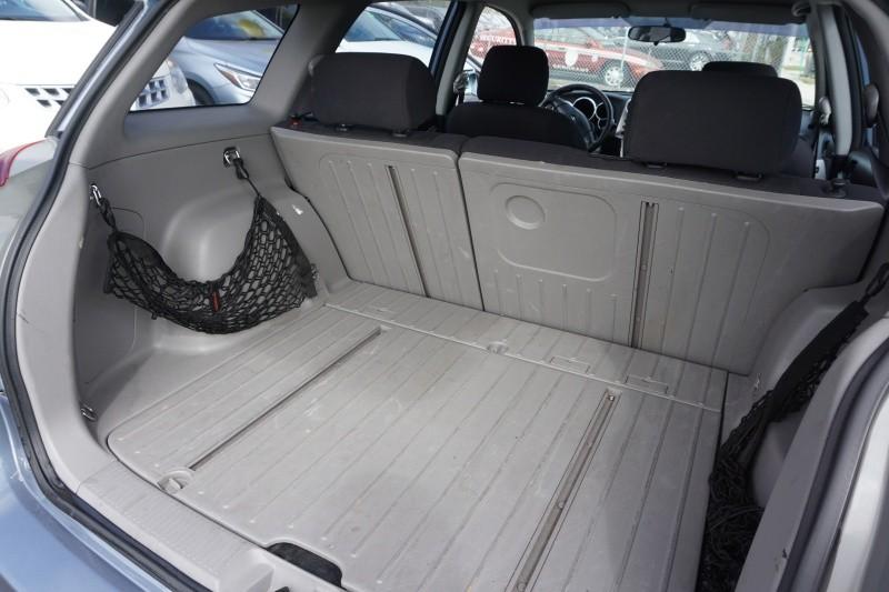 Toyota Matrix 2003 price $3,990