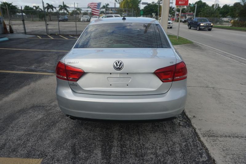 Volkswagen Passat 2013 price $7,999