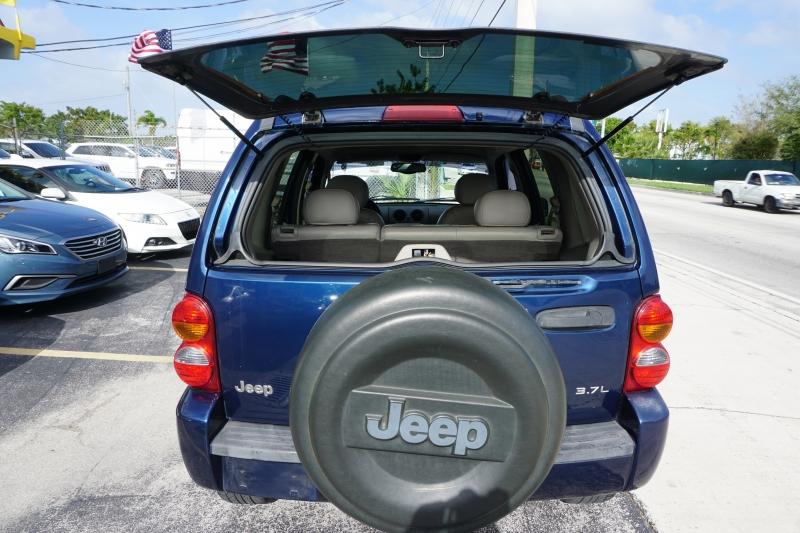 Jeep Liberty 2003 price $3,499