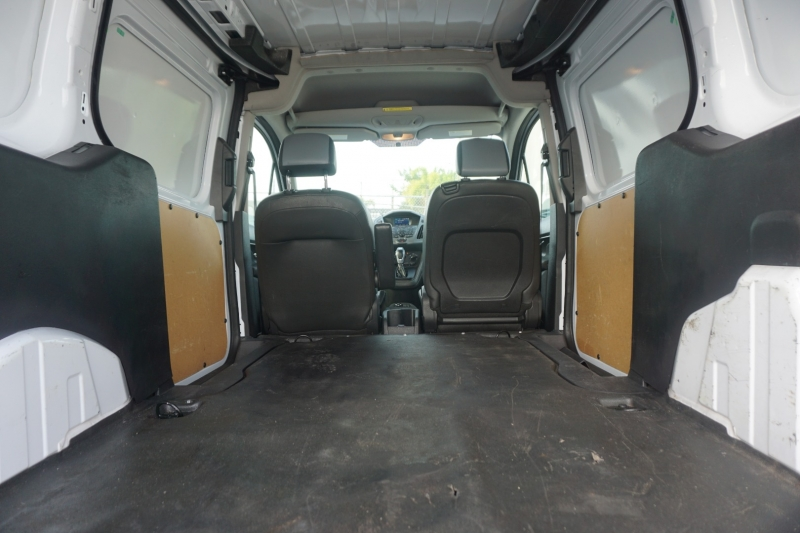 Ford Transit Connect 2015 price $12,999