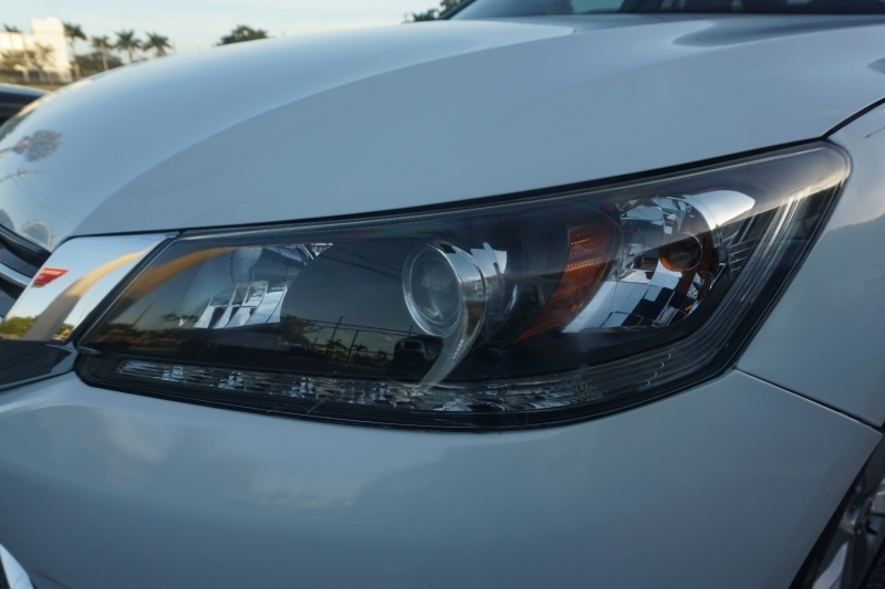 Honda Accord Sdn 2013 price $12,999