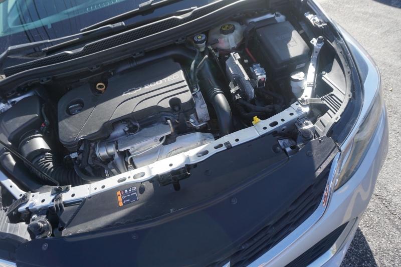 Chevrolet Cruze 2016 price $10,499
