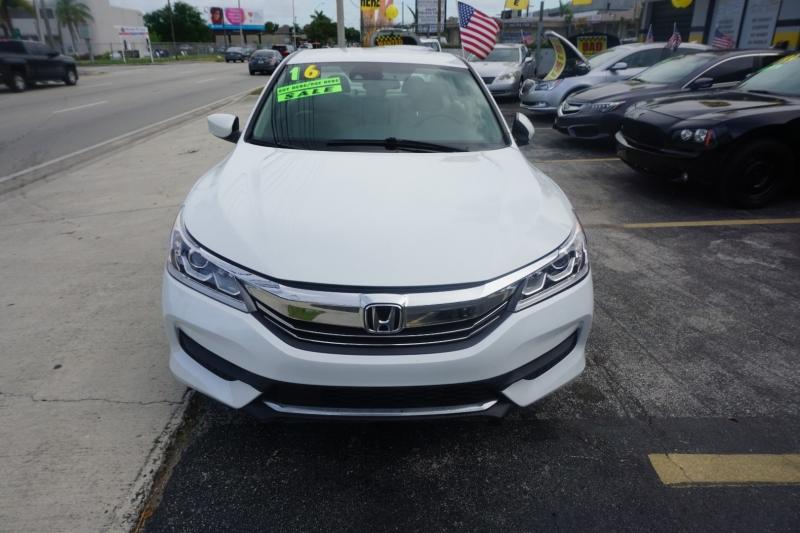 Honda Accord Sedan 2016 price $12,999