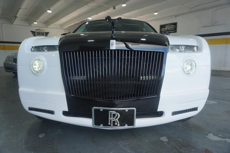 Chrysler 300 2009 price $34,999