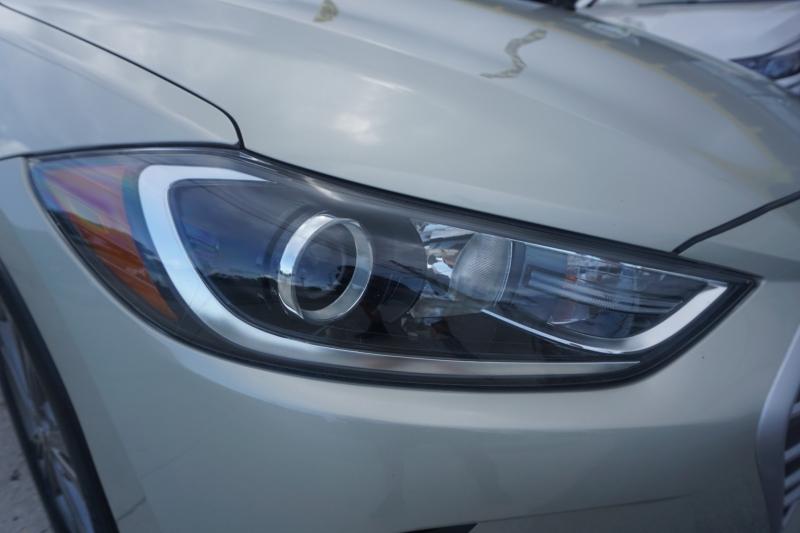 Hyundai Elantra 2018 price $11,999