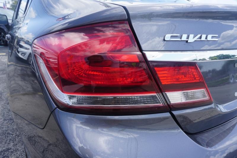 Honda Civic Sedan 2015 price $13,999