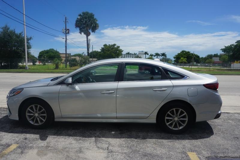 Hyundai Sonata 2018 price $16,599