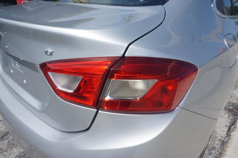 Chevrolet Cruze 2018 price $13,499