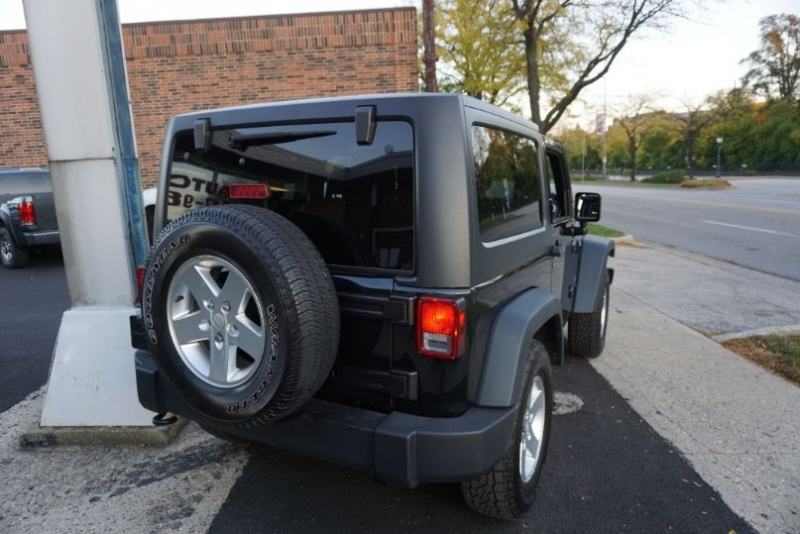 Jeep Wrangler 2012 price $17,500