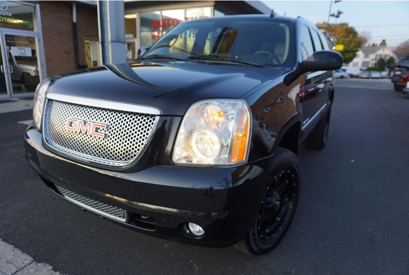 GMC Yukon 2012 price $21,300