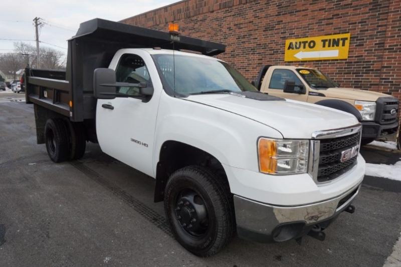 GMC Sierra 3500HD 2012 price $27,500