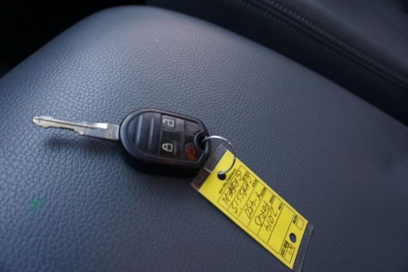 Ford Super Duty F-450 DRW 2014 price $24,400