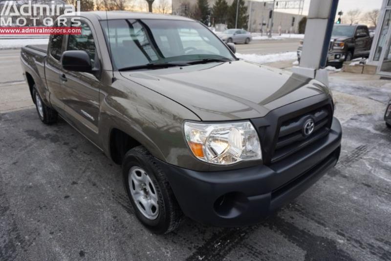 Toyota Tacoma 2010 price $12,500