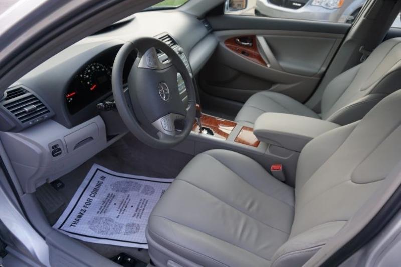 Toyota Camry 2009 price $10,800