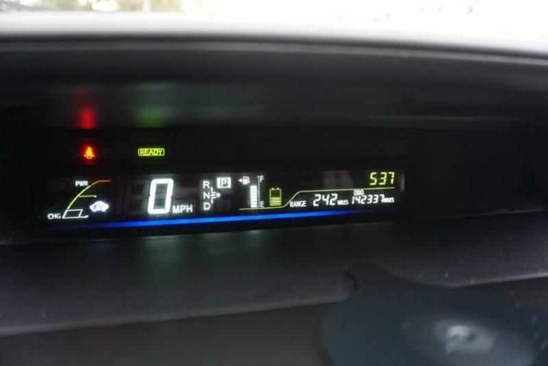 Toyota Prius v 2012 price $$$