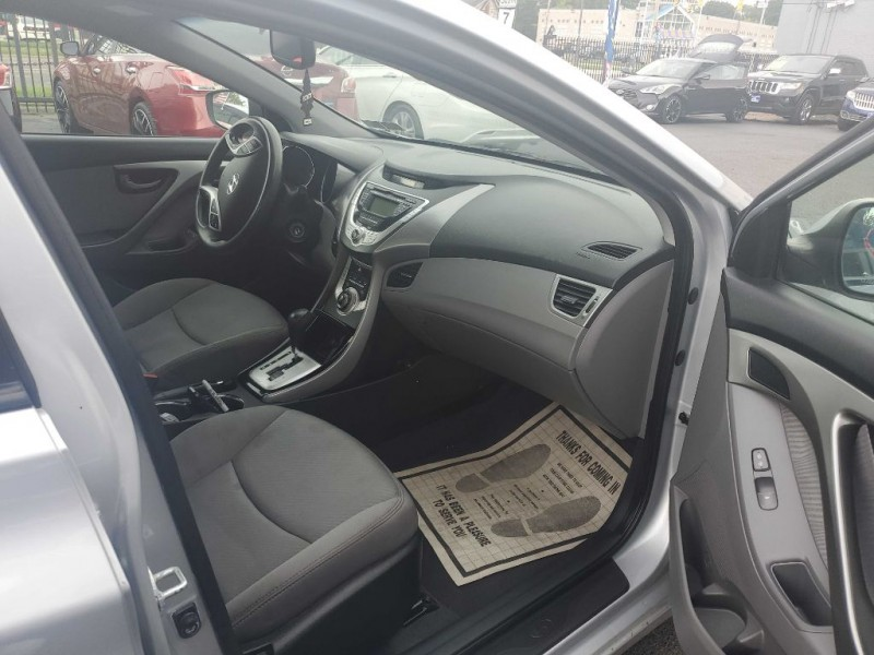 HYUNDAI ELANTRA 2012 price $5,675