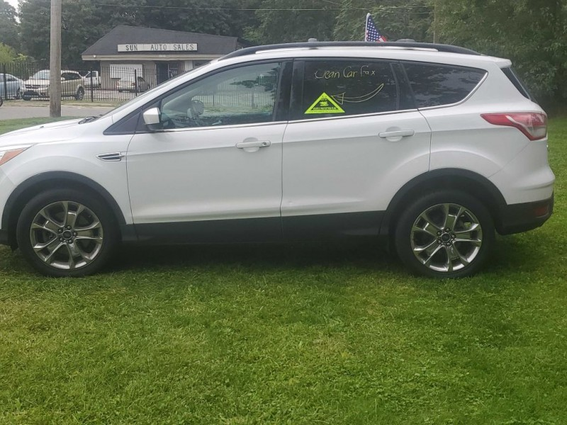FORD ESCAPE 2014 price $9,500