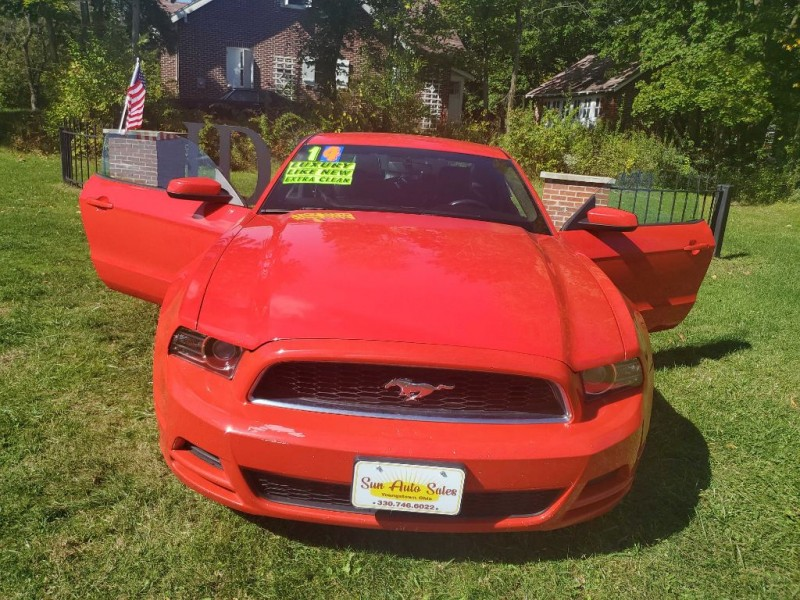 FORD MUSTANG 2014 price $10,885