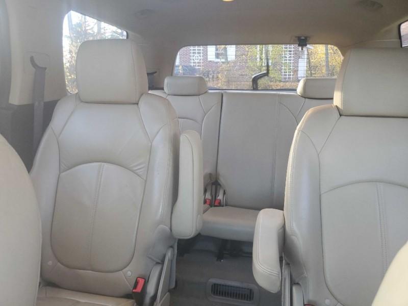 GMC ACADIA 2011 price $6,950