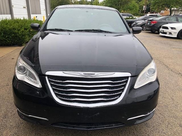 Chrysler 200 2011 price $4,250
