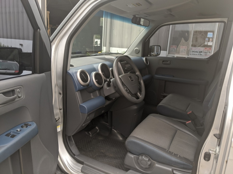 Honda Element 2006 price $7,500