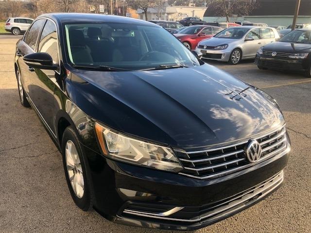 Volkswagen Passat 2017 price $10,995