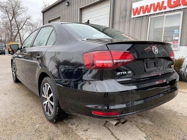 Volkswagen Jetta 2017 price $9,950