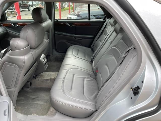 Cadillac DeVille 2001 price $3,450