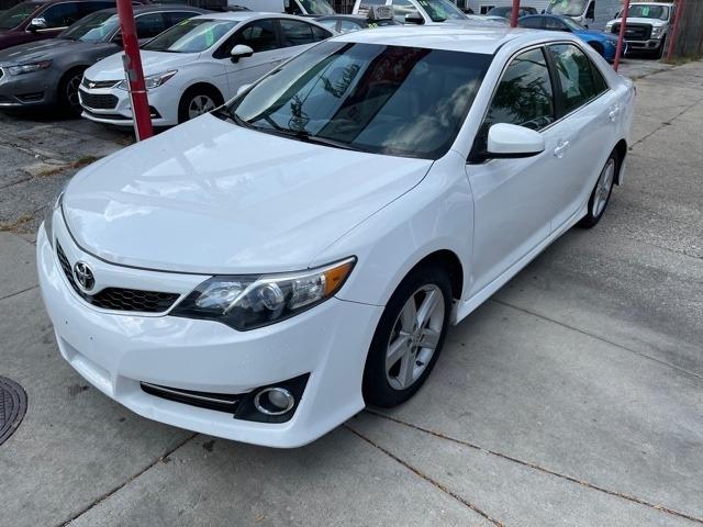 Toyota Camry 2014 price $13,950