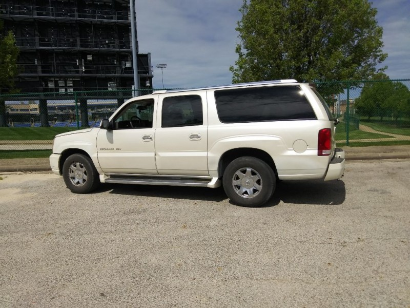 CADILLAC ESCALADE 2004 price $5,995