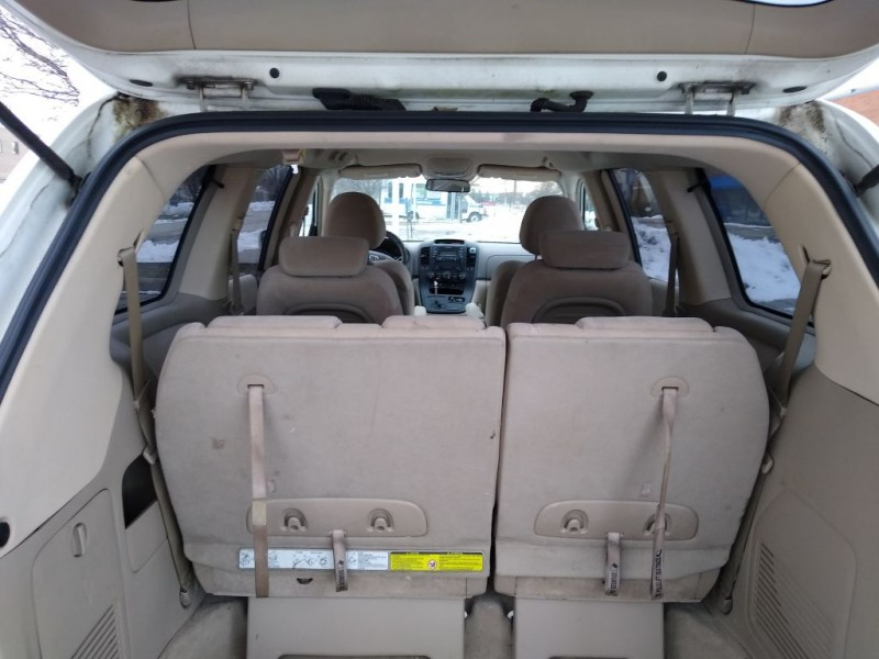 KIA SEDONA 2006 price $1,800