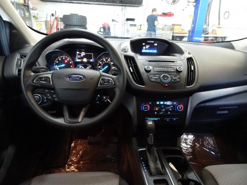 Ford Escape 2017 price $12,500