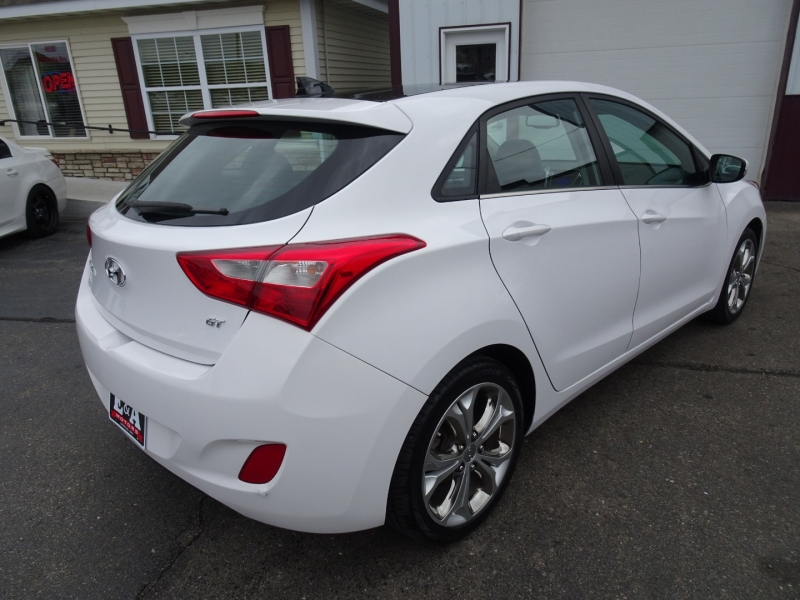 Hyundai Elantra GT 2013 price $7,900