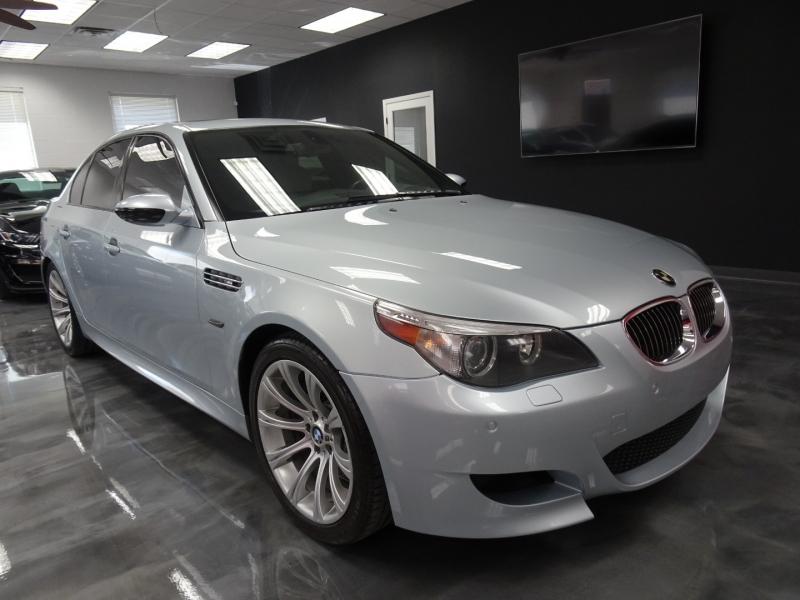BMW M5 2007 price $22,995