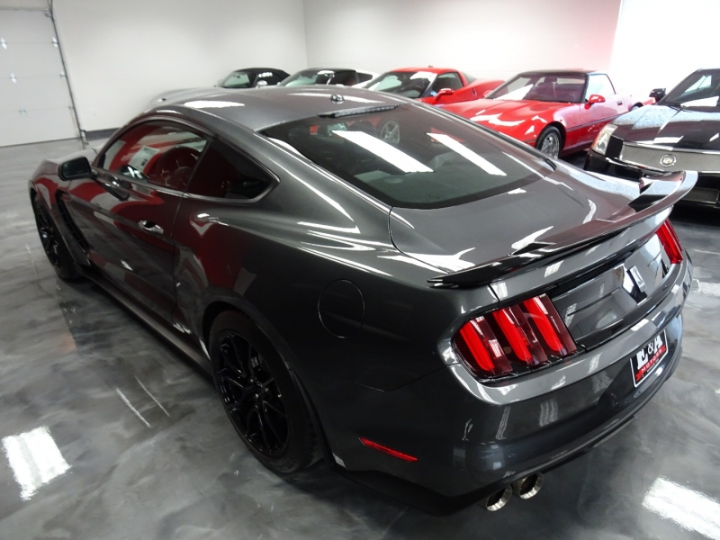 Ford Mustang 2019 price