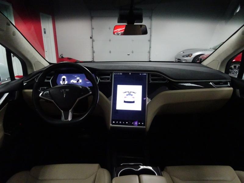 Tesla Model X 2016 price $59,995