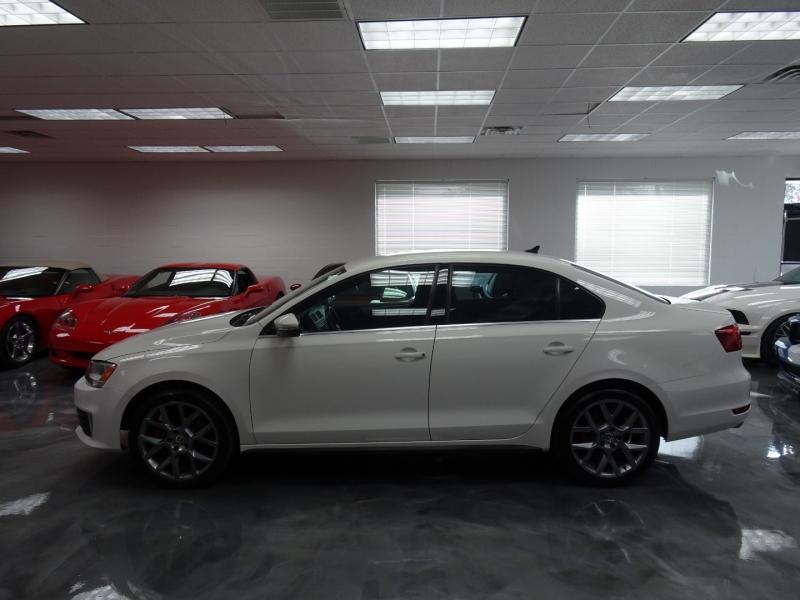 Volkswagen GLI 2012 price