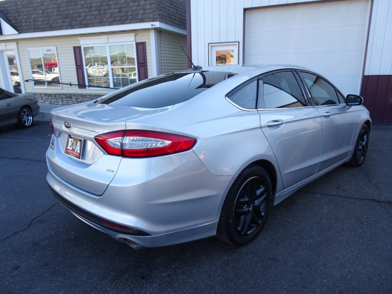Ford Fusion 2016 price $9,995